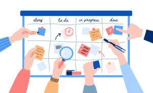 Conoce qué metodología te ayudará a optimizar procesos de tu compañía. Implementar dinámicas de trabajo ágil en los equipos o enfocarte en resultados.