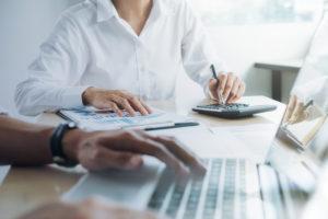 ¿Buscas información sobre el Libro de Remuneraciones? Estás en el lugar adecuado, entérate de cuándo entró en vigencia la implementación del LRE.